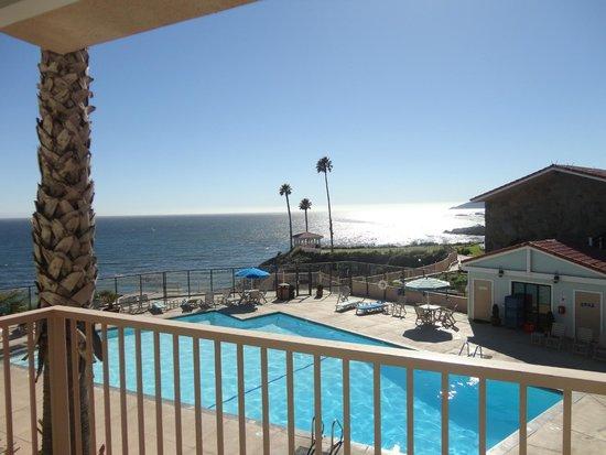 Shore Cliff Hotel: Blick vom Balkon aufs Meer