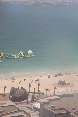 Sofitel Dubai Jumeirah Beach : View from our room of Jumeirah Beach...and camel!