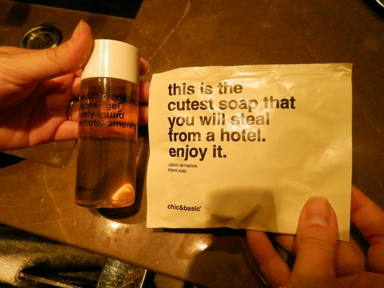 chic&basic Born Hotel: Toiletries