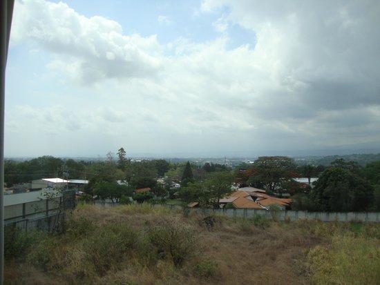 Studio Hotel: Daytime view