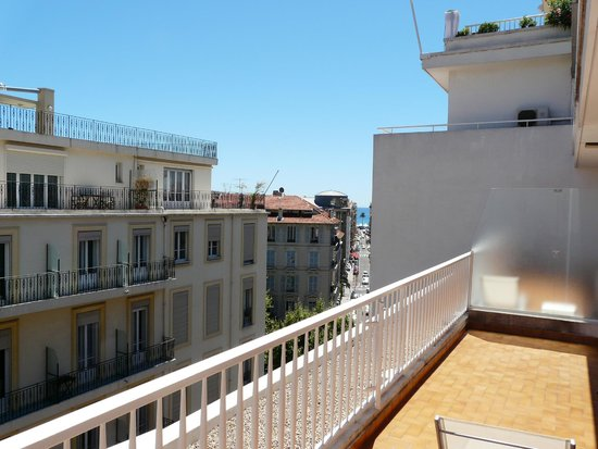 Splendid Hotel & Spa: The huge balcony