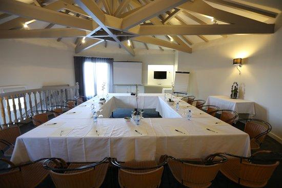 Hostellerie des Criquets : salle de séminaire