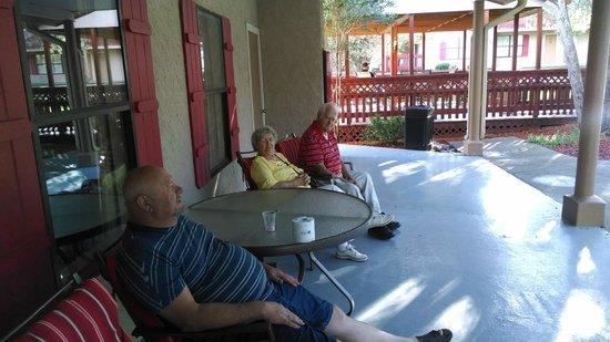 Best Western Pine Springs Inn : In front of breakfast area