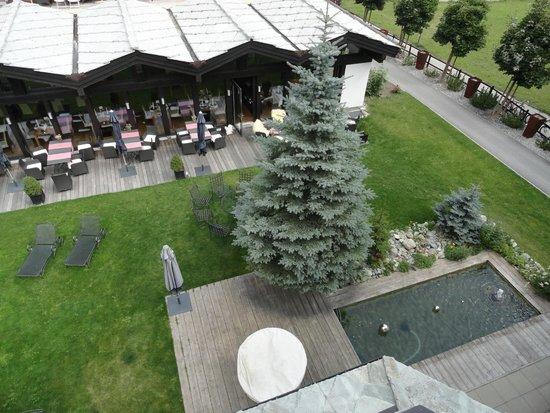 Hotel Mirabeau: vue sur la terrasse