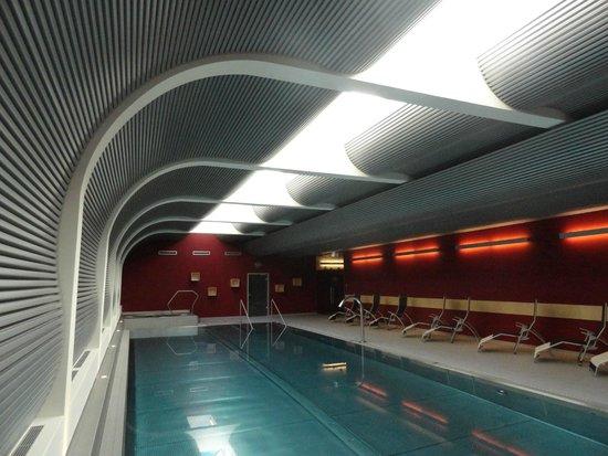 Hotel Mirabeau: piscine