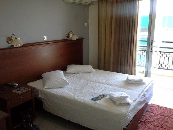 Apollo Hotel : стандартный номер (504)