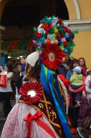 Centro histórico de Lima: Beautful costumes