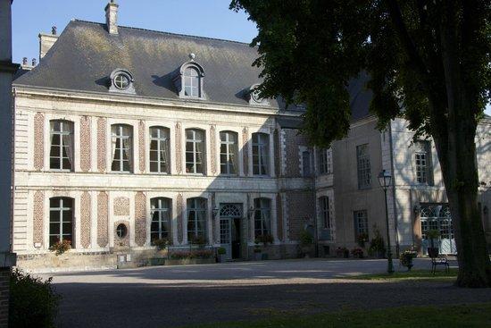 La Chartreuse du Val Saint Esprit: Chateau
