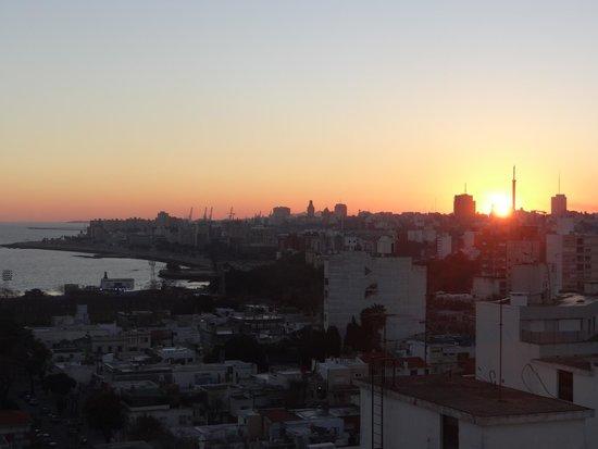 Intercity Montevideo: Terraço