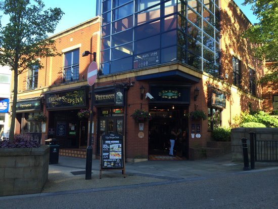 Oldham Hotels  Star