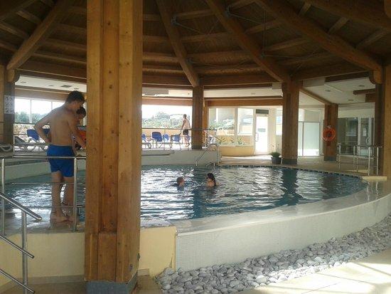 """db Seabank Resort + Spa : """"kryty basen"""""""