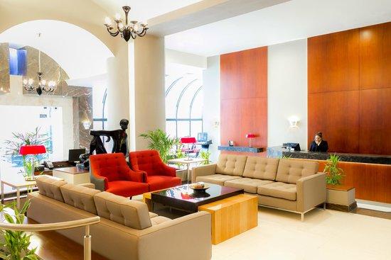 Thunderbird Hotel J. Pardo : Lobby