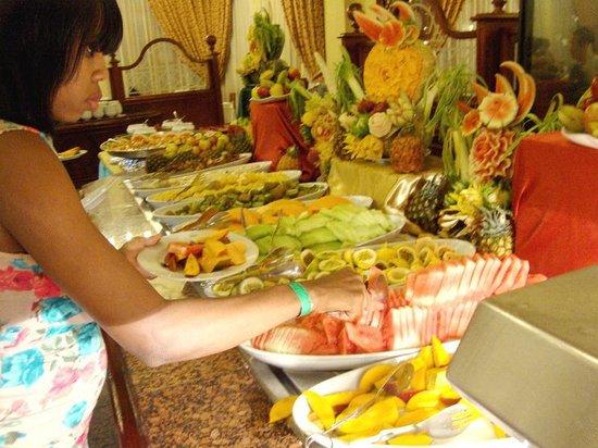 ClubHotel Riu Ocho Rios: Tropical Fruit Counter
