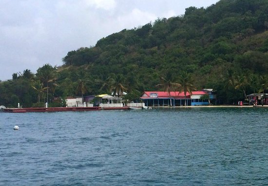 Harris' Place: Hariss' Place from the harbor