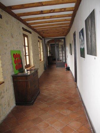 Hotel Chateau de Palaja à 5 kms de Carcassonne : Corridoio