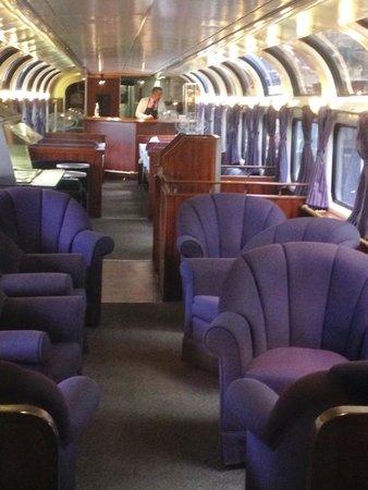 Amtrak Coast Starlight: The very nice parlour car