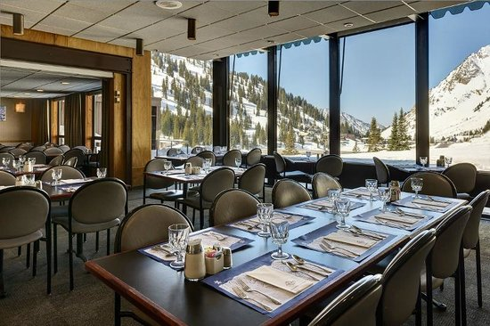 Alta Lodge dining room