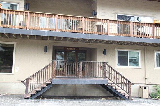 Mammoth Creek Inn: Eingangsbereich