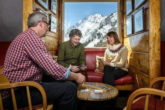 Alta Lodge Sitzmark Bar