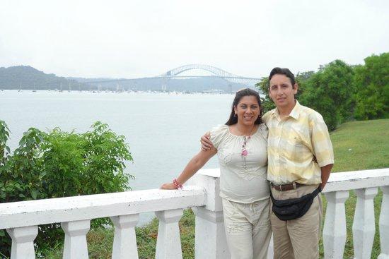 Calzada de Amador: Panoramica del puente de las Americas desde Coastway