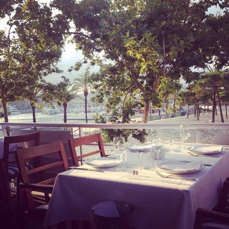 Restaurante Barceloneta: Table at the tarasse