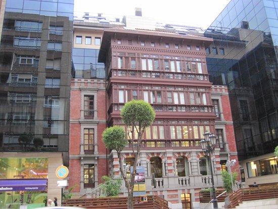 Barcelo Oviedo Cervantes: Hotel
