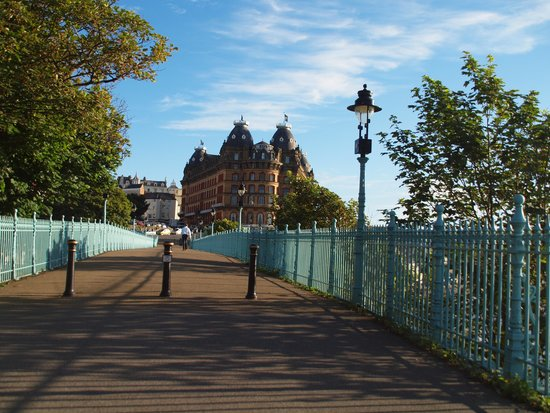 Grand Hotel Scarborough : Grand looking