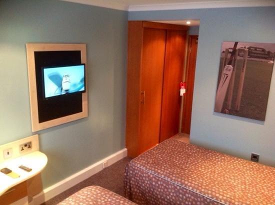 Old Trafford Lodge : Twin room