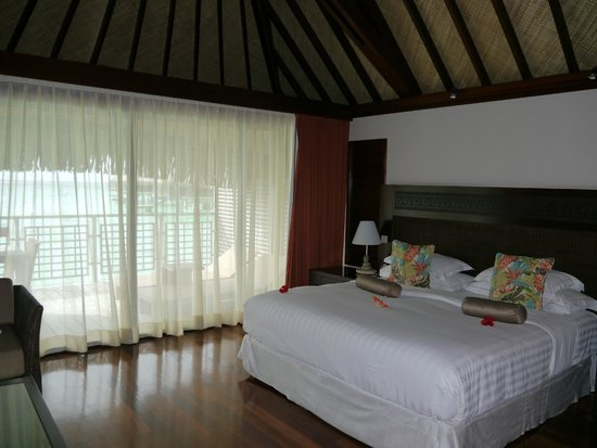Hilton Moorea Lagoon Resort & Spa : Overwater bungalow