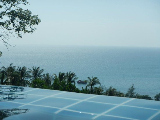 Koh Tao Heights Pool Villas: Pool with a view