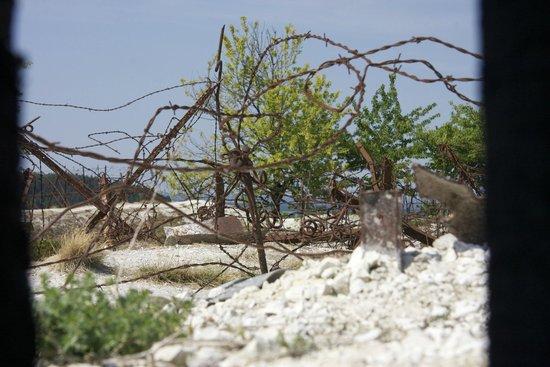 La Main de Massiges : Barbed wire adds authenticity
