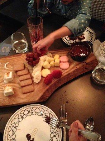 Cluny Bistro: Chocolate Fondue with Homemade Marshmellows - YUM!