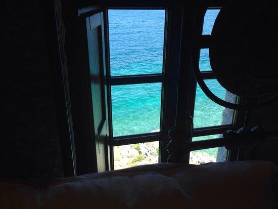 Mavromichalai Hotel: Close a jump away