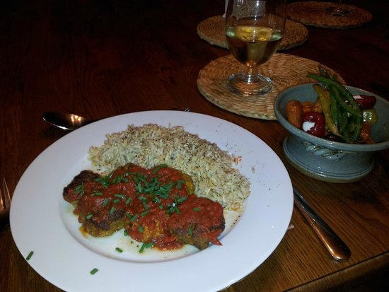 The Gables Bed and Breakfast: yummy home made lamb kefta