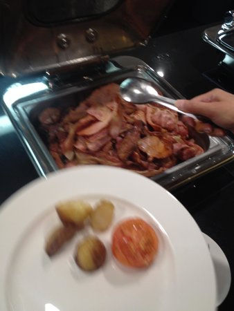 Four Points by Sheraton Brisbane: Buffet - bacon