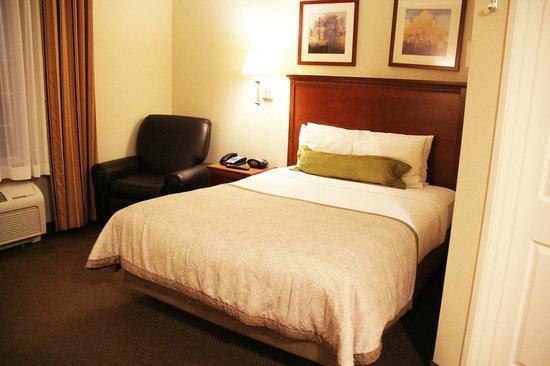 Candlewood Suites Santa Maria: Bett