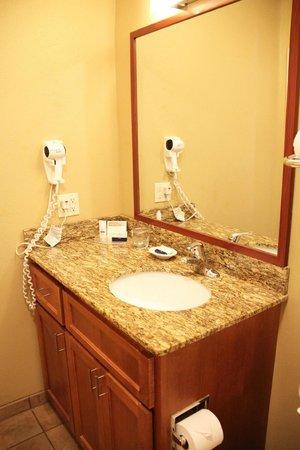 Candlewood Suites Santa Maria: Bad