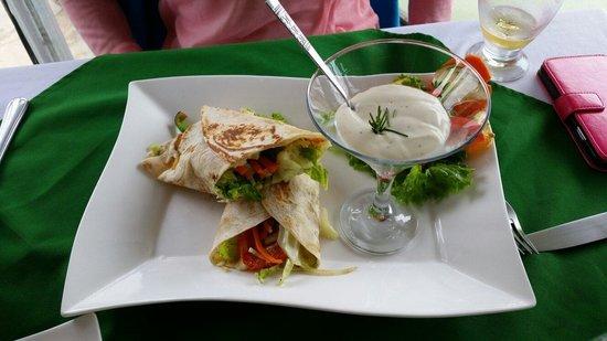 Restaurante Mar y Tierra: Vegetarian Burrito!!!