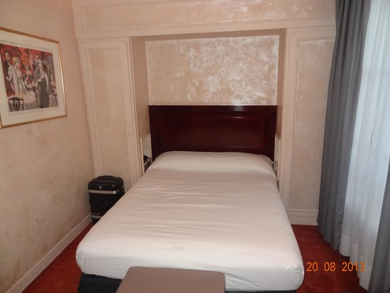 Hotel Edouard VI: habitación con cama doble