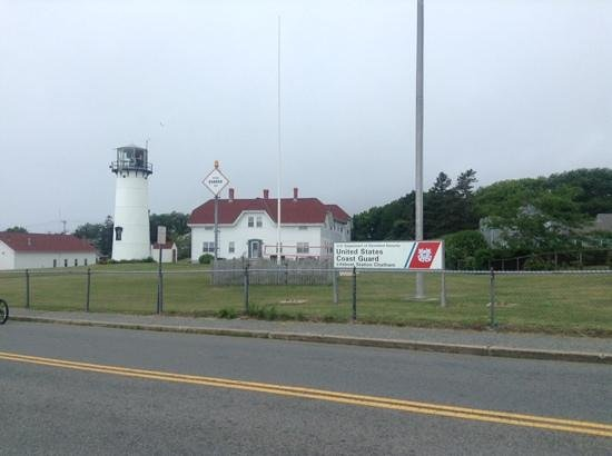 Chatham Bars Inn Resort and Spa : chatham lighthouse just down the road