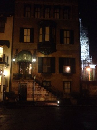 Foley House Inn: The front entrance of the B&B at night.
