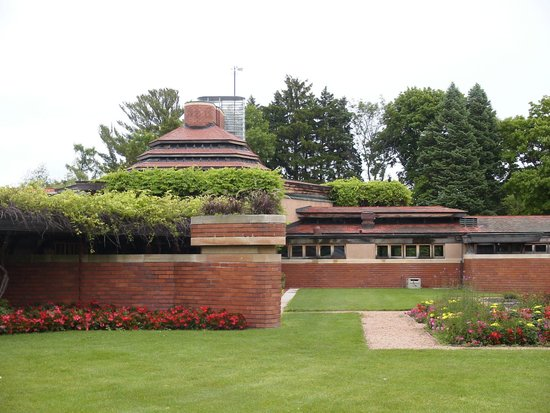 Wingspread: Striking architecture by Frank Lloyd Wright