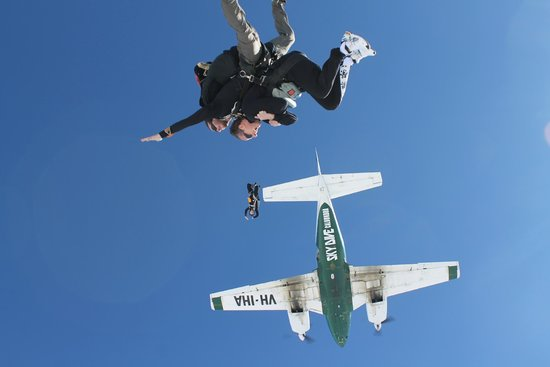 Sunshine Coast Skydivers: Exiting the plane at 15,000ft