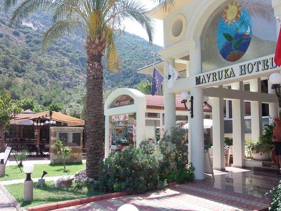 Mavruka Hotel: Terrace Bar/Salon/Reception