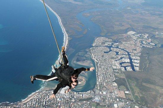 Sunshine Coast Skydivers: Pumicestone Passage at 15,000ft