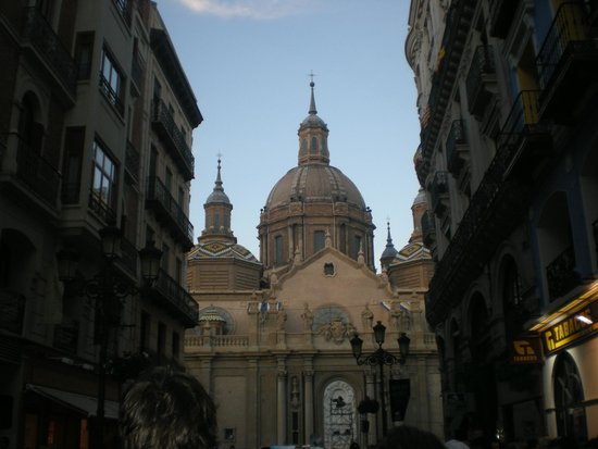 Basílica de Nuestra Señora del Pilar: BASILICA DEL PILAR