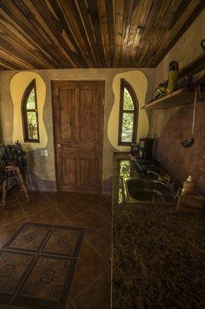 Montezuma Heights : Geco inside