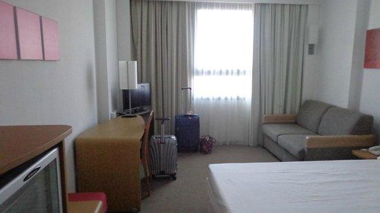 Ilunion Valencia 4: habitacion