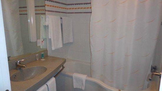 Ilunion Valencia 4: baño