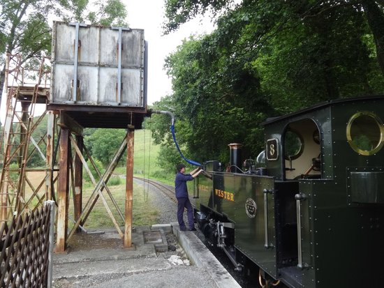 Vale of Rheidol Railway: Taking on water